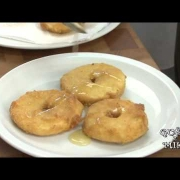 Pohane jabuki z medon (domaća jela Istre i Kvarnera)